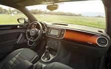 Обои автомобили Volkswagen Beetle Fender Edition - 2012
