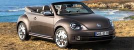 Volkswagen Beetle Cabriolet 70s Edition - 2012