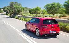 Обои автомобили Volkswagen Golf GTI Performance 3door - 2017