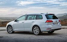 Обои автомобили Volkswagen Golf TSI Variant - 2017