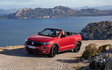 Обои автомобили Volkswagen T-Roc Cabriolet R-Line (Kings Red) - 2020