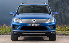 Обои автомобили Volkswagen Touareg V6 TDI - 2014
